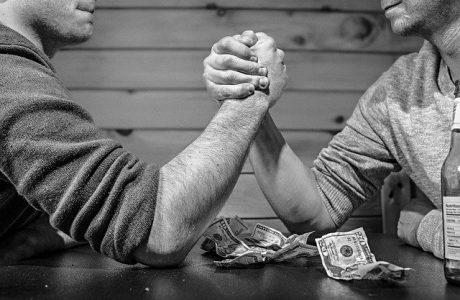 על סכסוכי ירושה ומשפחות עשירות